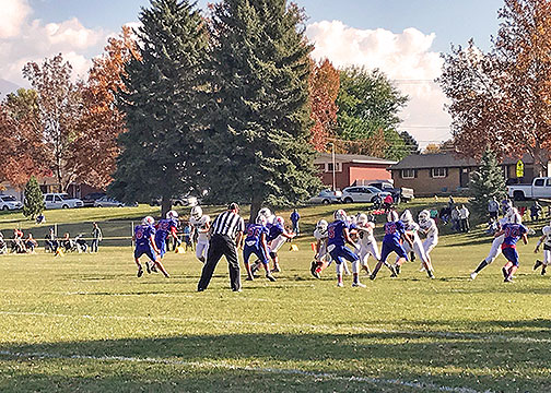 A picture from the 3rd quarter of the Wahlquist Eagles vs T.H. Bell Minutemen football game.